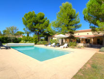 Carpentras - Holiday House Les Fauvettes