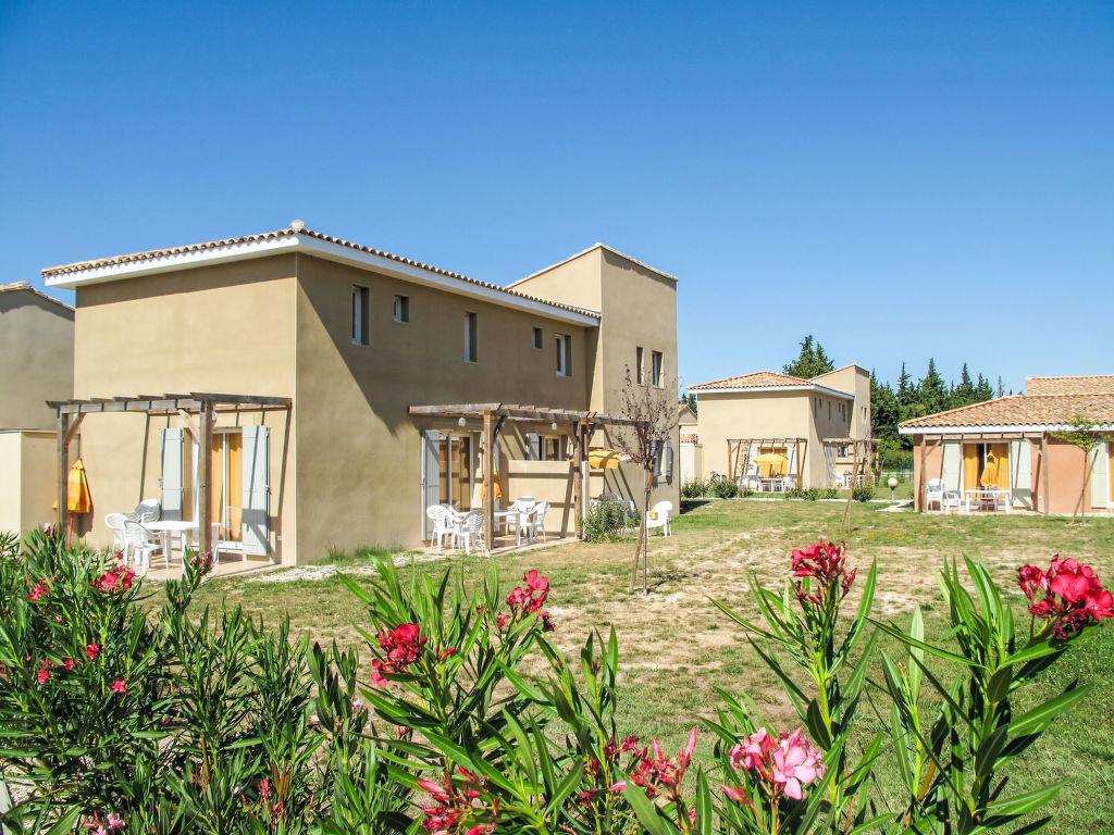 Holiday house Les Rives du Lac (SST152) (2704836), Saint Saturnin lès Avignon, Vaucluse, Provence - Alps - Côte d'Azur, France, picture 1
