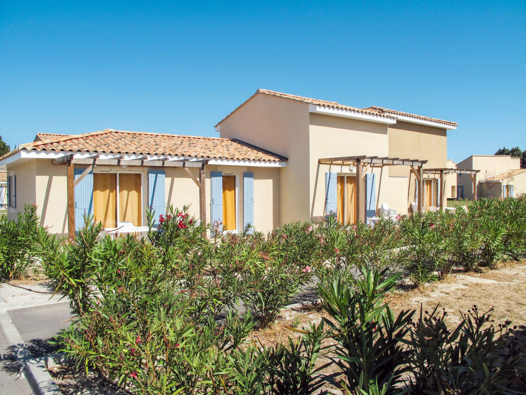Holiday house Les Rives du Lac (SST152) (2704836), Saint Saturnin lès Avignon, Vaucluse, Provence - Alps - Côte d'Azur, France, picture 8