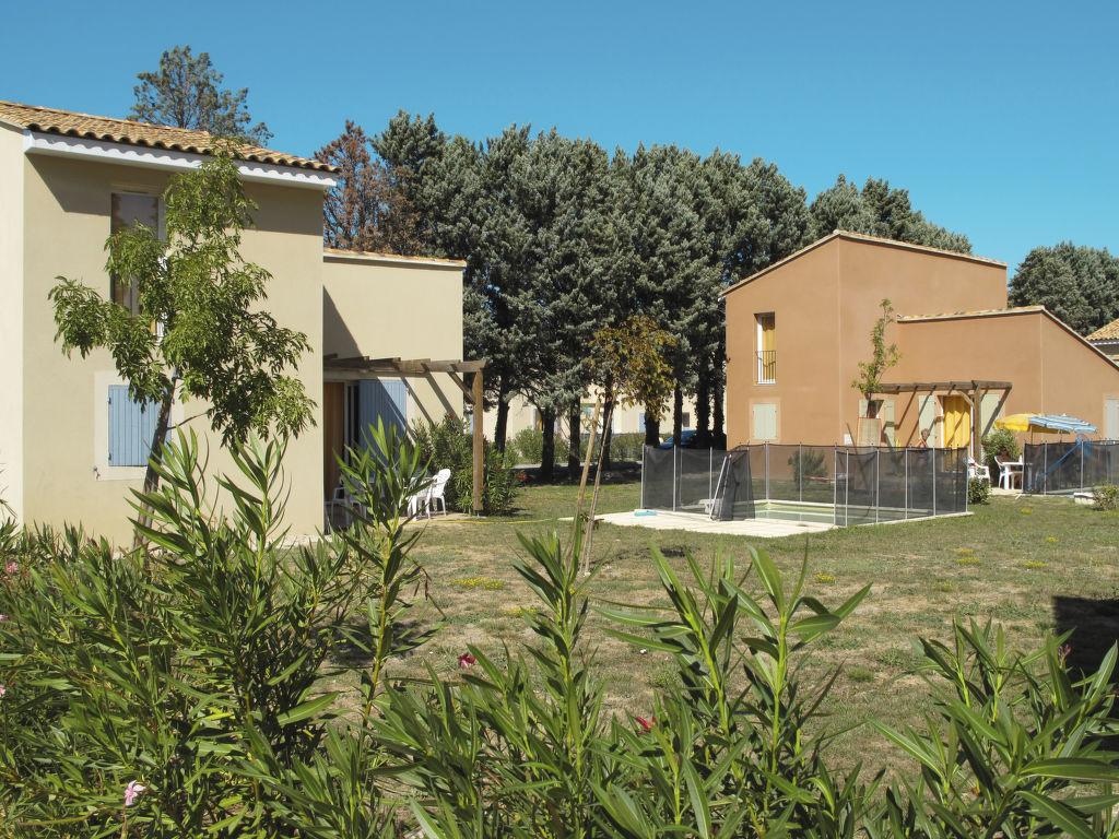 Holiday house Les Rives du Lac (SST153) (2704837), Saint Saturnin lès Avignon, Vaucluse, Provence - Alps - Côte d'Azur, France, picture 7