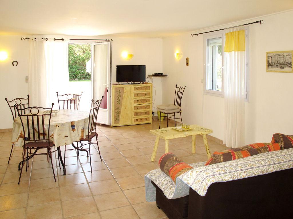 Holiday apartment Les Lauriers (MLM110) (266622), Mallemort, Bouches-du-Rhône, Provence - Alps - Côte d'Azur, France, picture 4