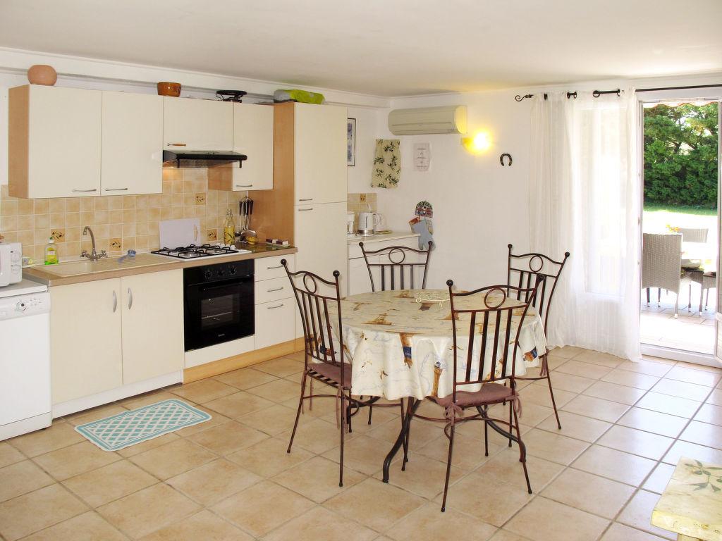Holiday apartment Les Lauriers (MLM110) (266622), Mallemort, Bouches-du-Rhône, Provence - Alps - Côte d'Azur, France, picture 6