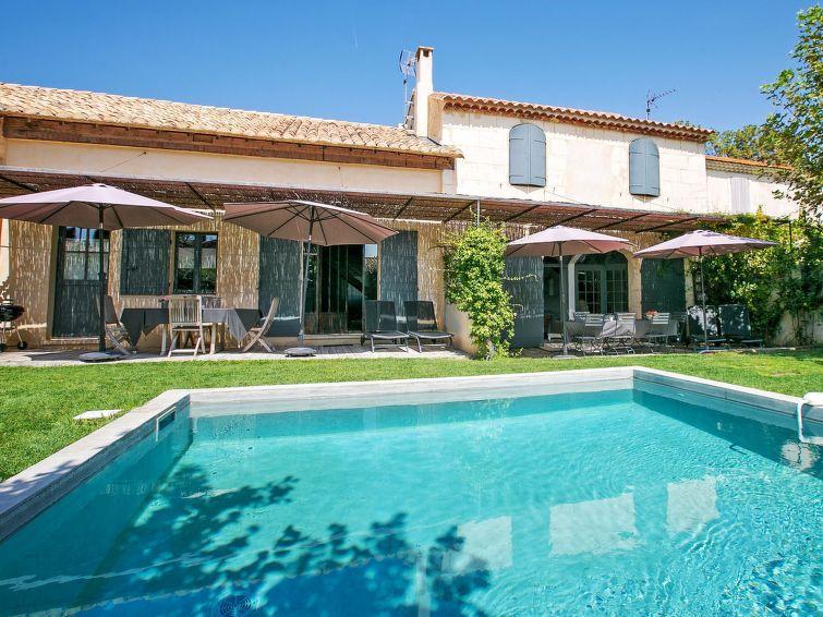 Apartment Le Mas de la Scierie in Les Baux de Provence France