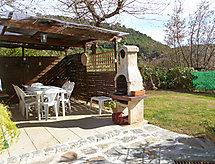 Le Brulat con terraza y lavadora