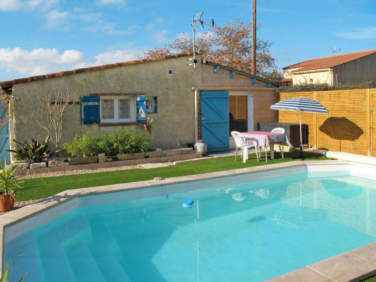 Ferienhaus mit Pool (NEU120)