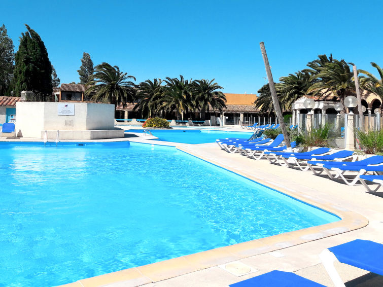 Les Gardians (ARE201) Holiday resort in Arles