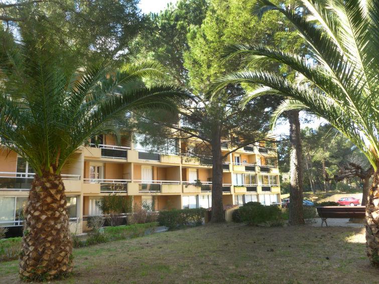 Côte d'Azur Apartment in Bormes-les-Mimosas