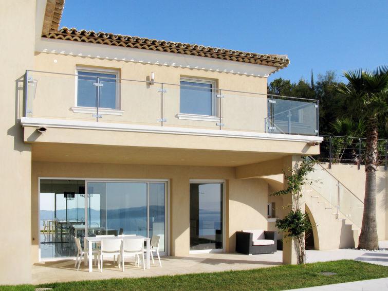 Villas to rent in France details