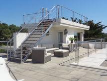 Villa Kairouan mit Garten und Meerblick