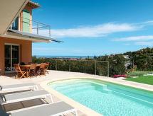 Saint Aygulf - Vakantiehuis Ferienhaus mit Pool (AGU140)