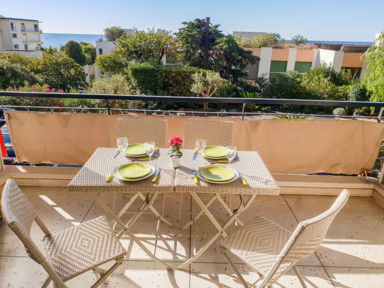 Le Roc Apartment in Cannes