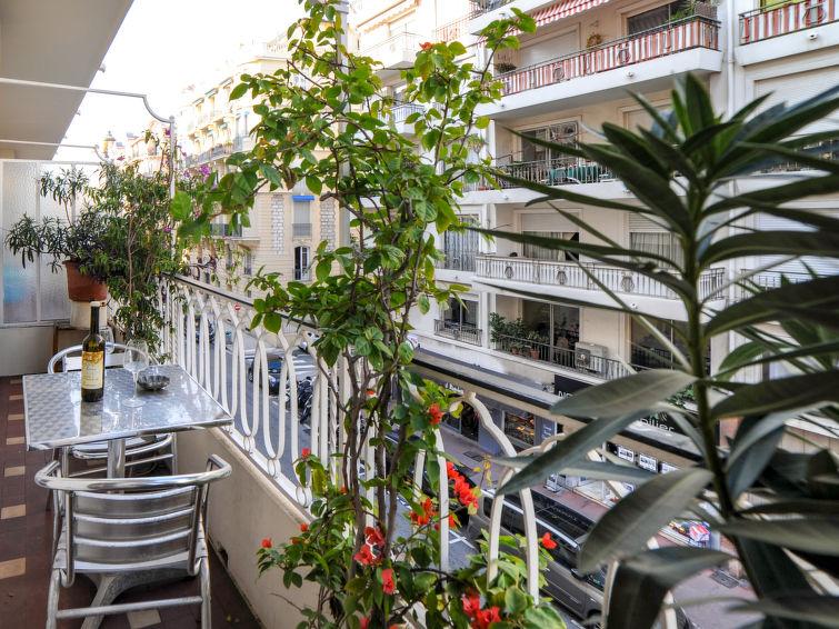Le Suez Accommodation in Nice