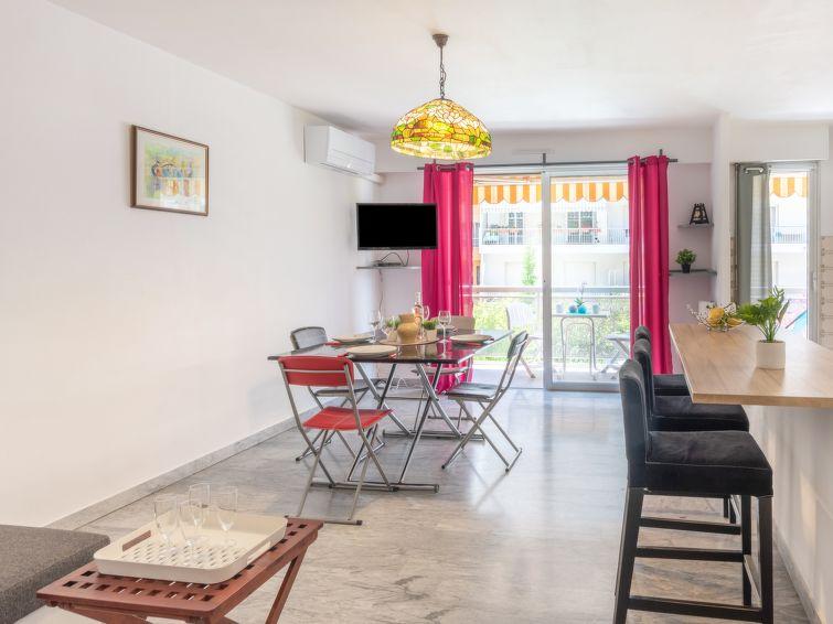 Le Régent Apartment in Menton