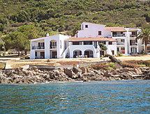 Punta Paliagi Bardak ile ve deniz manzaralı