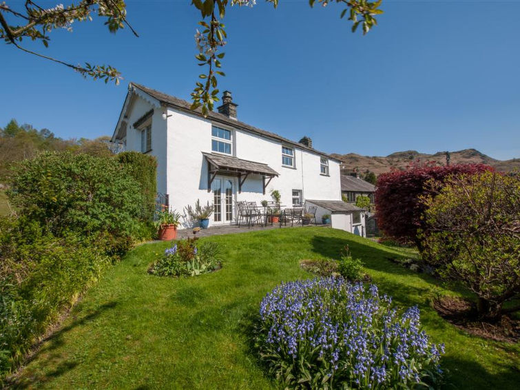 Elter View Accommodation in Elterwater