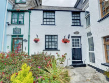 Looe - Vacation House Price Cottage