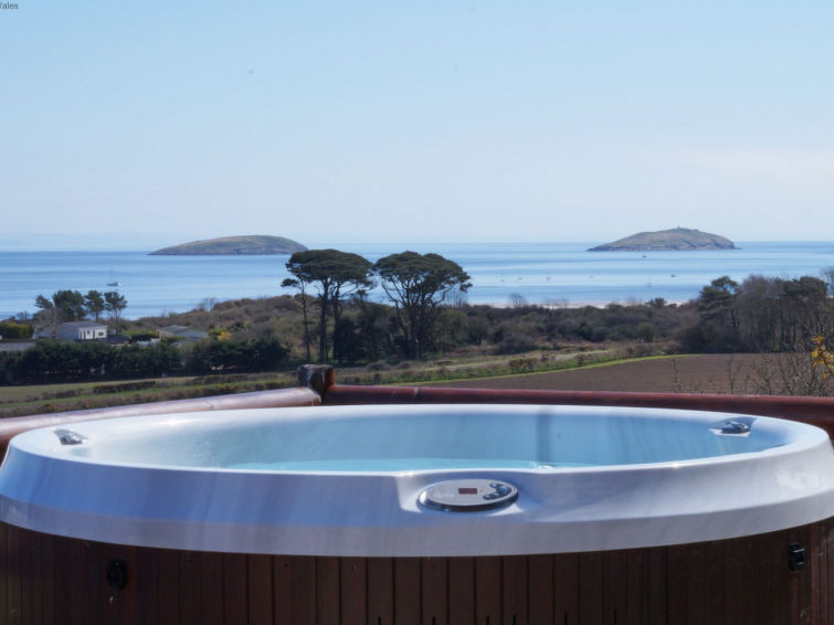Abersoch accommodation cottages for rent in Abersoch apartments to rent in Abersoch holiday homes to rent in Abersoch