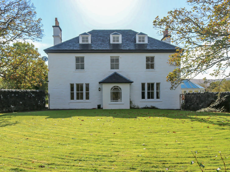 Dunvegan House Accommodation in North Skye