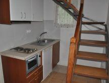 Acharavi Apartment