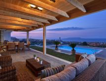Villa Vrachokipos