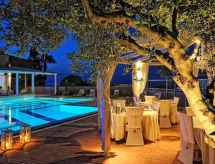 A & A Villa