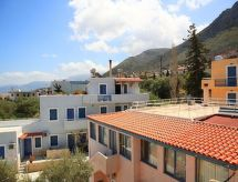 Stelva Villas Studio Land View