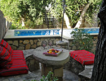 Villa Lithos Havuzlu ve Barbekü için