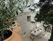 Villa Arokaria Çitlerle ve yürüyüş ovaları için
