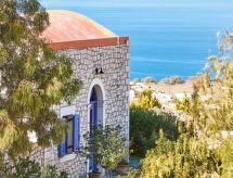 Orelia Cretan Villa 5 mit einem Pool für Kinder und Parkplatz