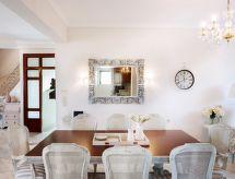 Galatas Luxury Villa