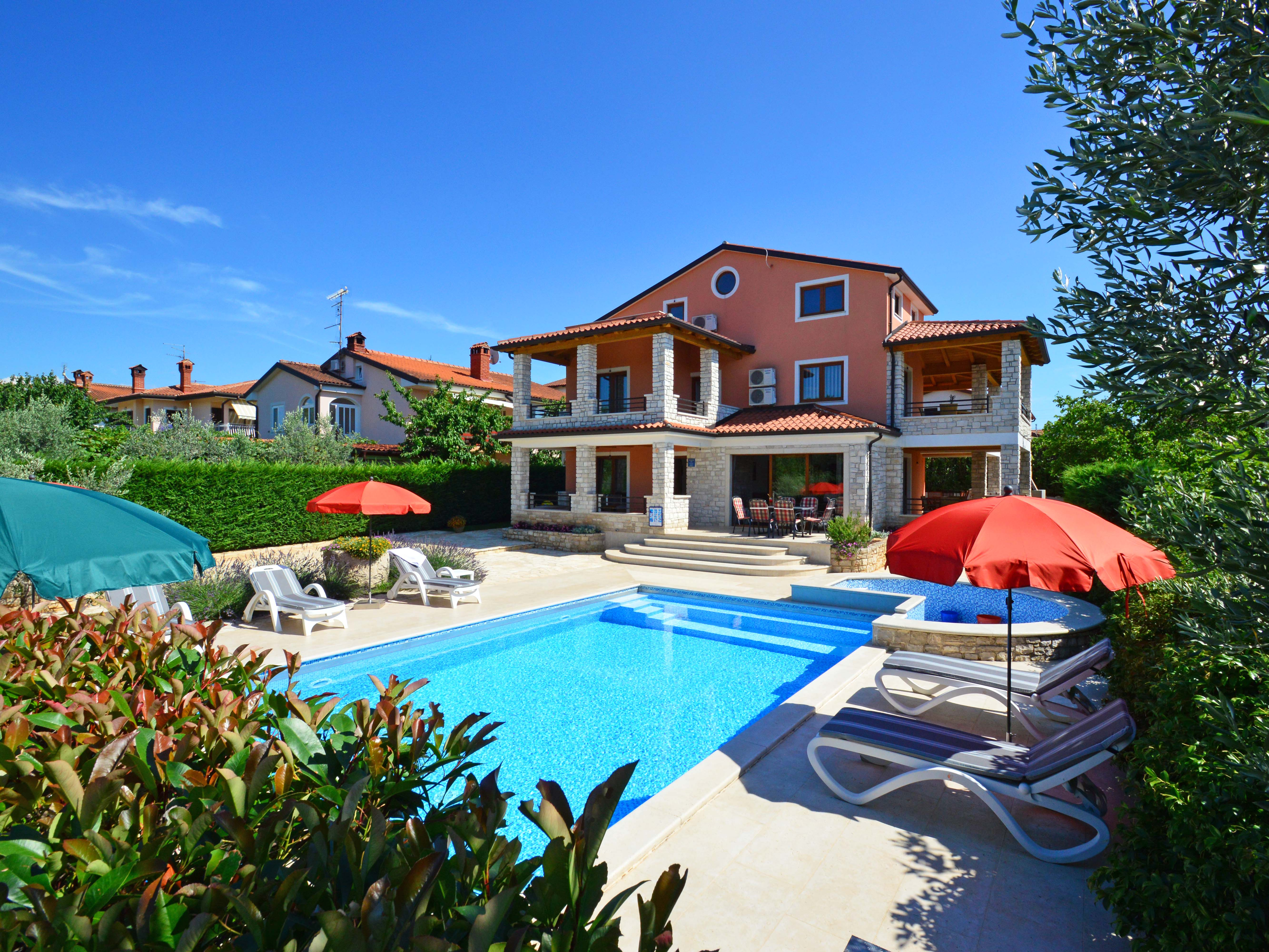 ferienhaus villa anamaria in buje plovanija kroatien interhome. Black Bedroom Furniture Sets. Home Design Ideas