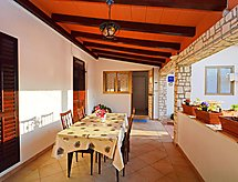 Umag/Zambratija - Holiday House Anna 1