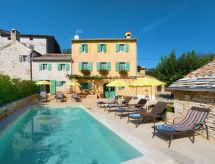 Motovun - Appartement Haus Villa Principi (MVN400)