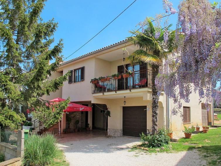 Poreč accommodation villas for rent in Poreč apartments to rent in Poreč holiday homes to rent in Poreč
