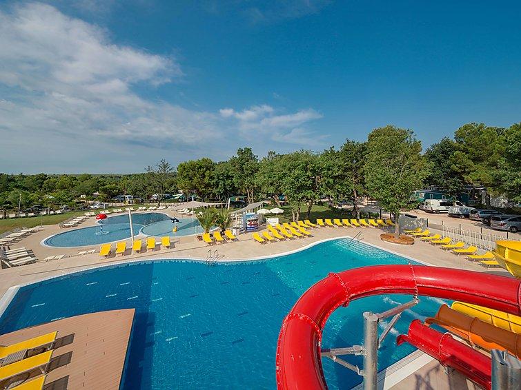 Ferie hjem Camping Lanterna med reception og pool til børn