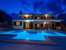 Fažana - Holiday House Komel
