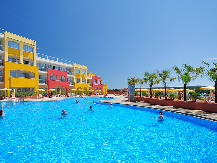 Holiday Apartment Apparthotel del Mar with children playground and covered parking