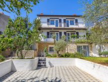 Pula/Banjole - Appartement House Vico