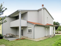 Medulin - Vacation House Gerhard (MDN128)