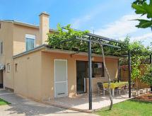 Medulin - Vacation House Ana (MDN148)