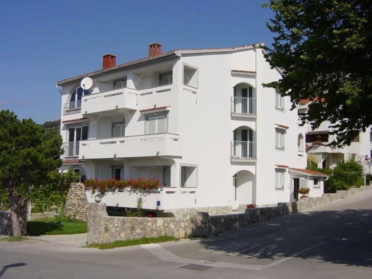 Apartman za odmor TOMASIC MILAN s mogućnostima jedrenja i za surfanje