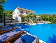 Crikvenica - Holiday House Organic Gardens Villa
