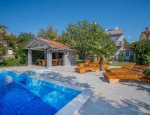 Crikvenica/Jadranovo - Vakantiehuis Padre