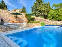 Novi Vinodolski - Holiday House Mo-Re