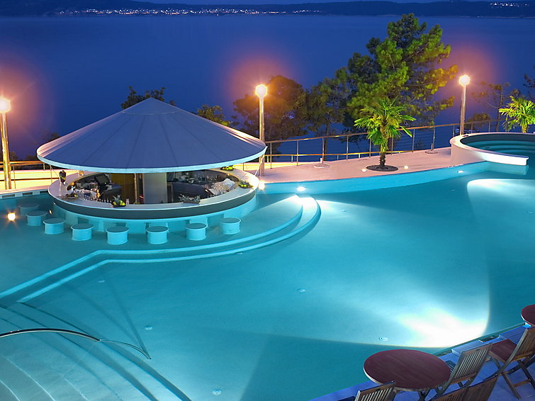 Holiday Apartment RESORT with restaurant nearby and indoor pool