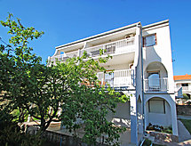 Rab/Rab - Apartamento Damir