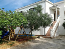 Karlobag - Appartement Haus Lucija (KBG307)