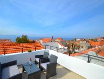 Zadar - Casa de férias Nina