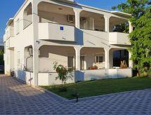 Zadar/Bibinje - Apartment Bože