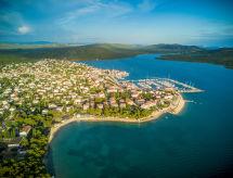 Pirovac - Vakantiehuis Miran